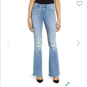 NWT, Good American Good Flare Ripped Jeans